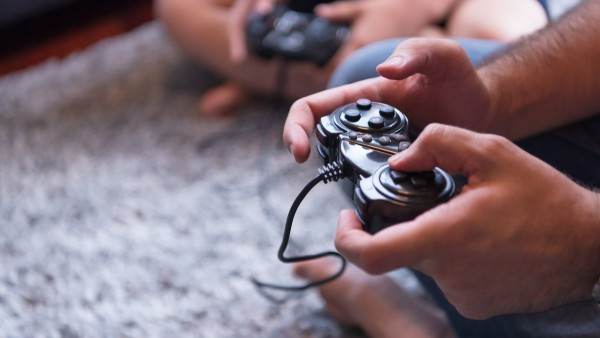 Πώς να κάψετε θερμίδες παίζοντας video games