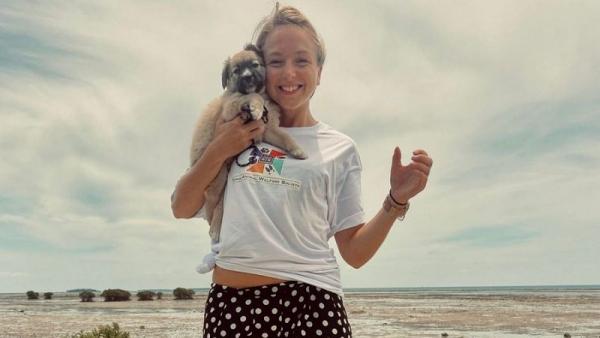 Τουρίστρια πήγε στην Τόνγκα για μίνι διακοπές κι έμεινε… 18 μήνες
