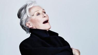 Cine news: Η Γκλεν Κλόουζ αναρωτιέται ακόμα πώς η Γκουίνεθ Πάλτροου κέρδισε Οσκαρ για το «Ερωτευμένος Σαίξπηρ»