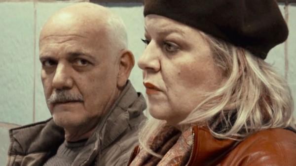Η Φωτεινή Μπαξεβάνη μιλάει στο Κοσμοράδιο 95.1 για την παράσταση «Το Παγκάκι»