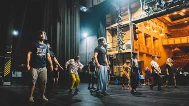 Το θέατρο στον κόσμο: Ξεκίνησαν πρόβες οι καλοκαιρινές παραγωγές