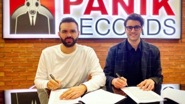 Ο Ίαν Στρατής στην Panik Records