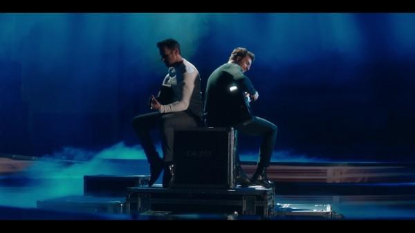 Νίκος Βέρτης &Amir - Η Λέξη Σ' Αγαπώ / Si On N'Aime Qu'Une Fois